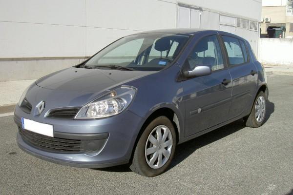 Renault clio segunda mano pamplona navarra